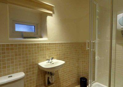 TheNest-shower-room